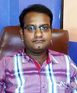 Dr. Raghu Cheti - Dentist