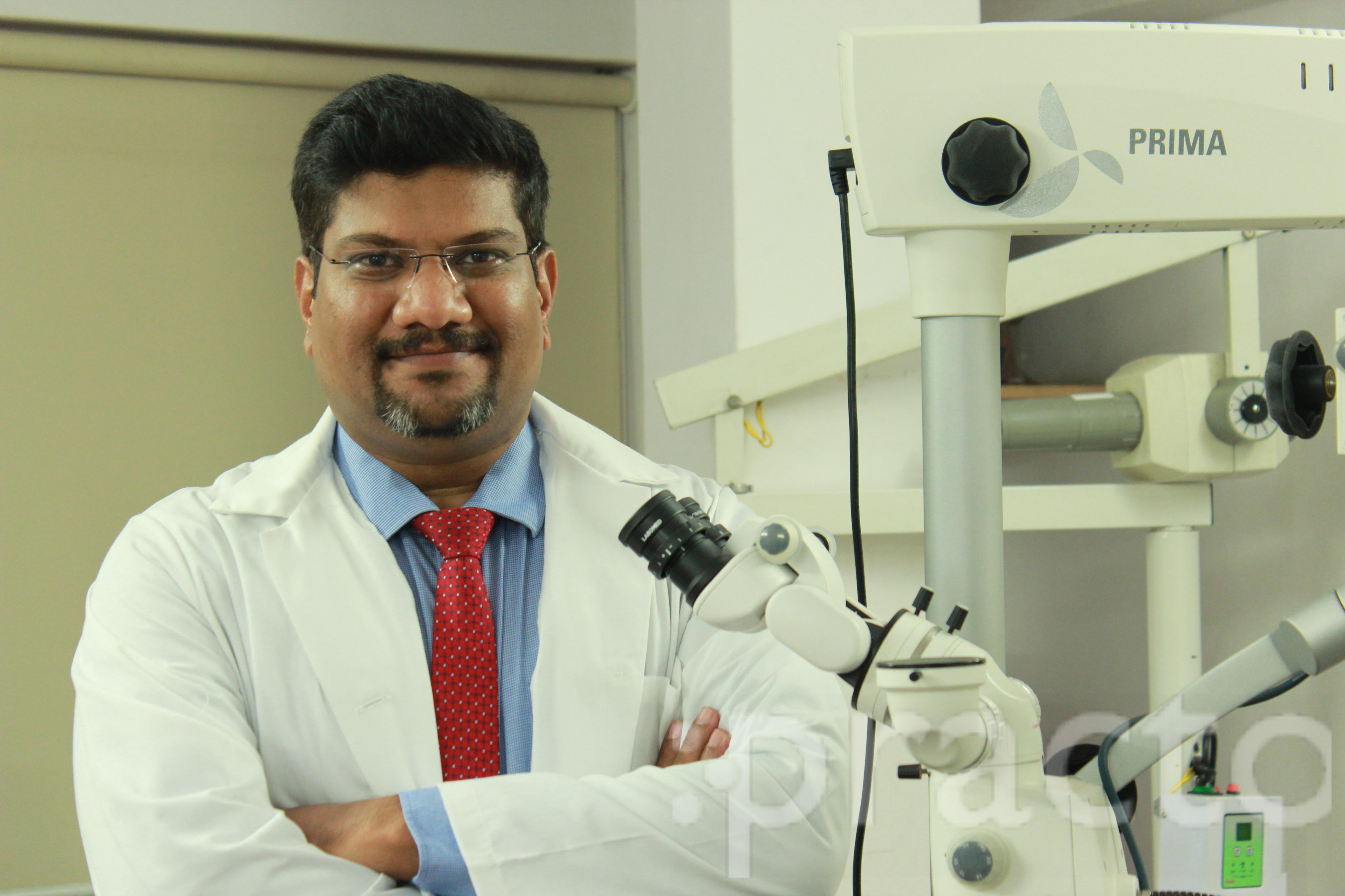 Dr. Raghu T Narayan - Dentist
