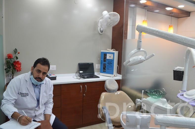 Dr. Rahul Malhotra - Dentist