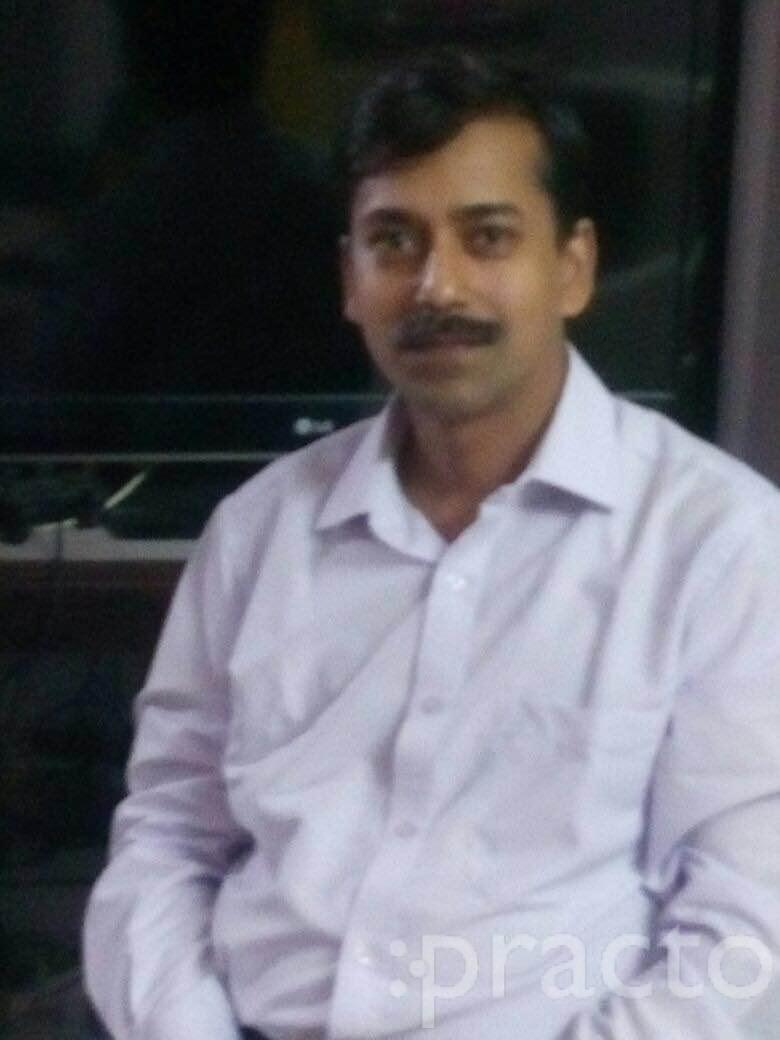 Dr. Rajeev Agarwal - Dermatologist
