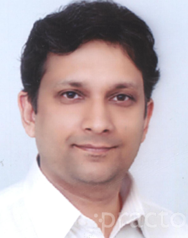 Dr. Rajeev Jain - Ophthalmologist