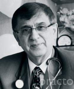 Dr. Rajeev Kacker - Pulmonologist