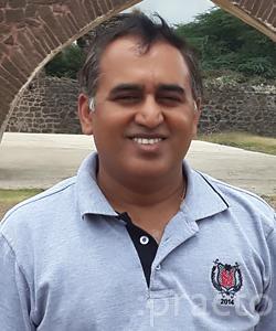 Dr. Rajeev L K - Oncologist