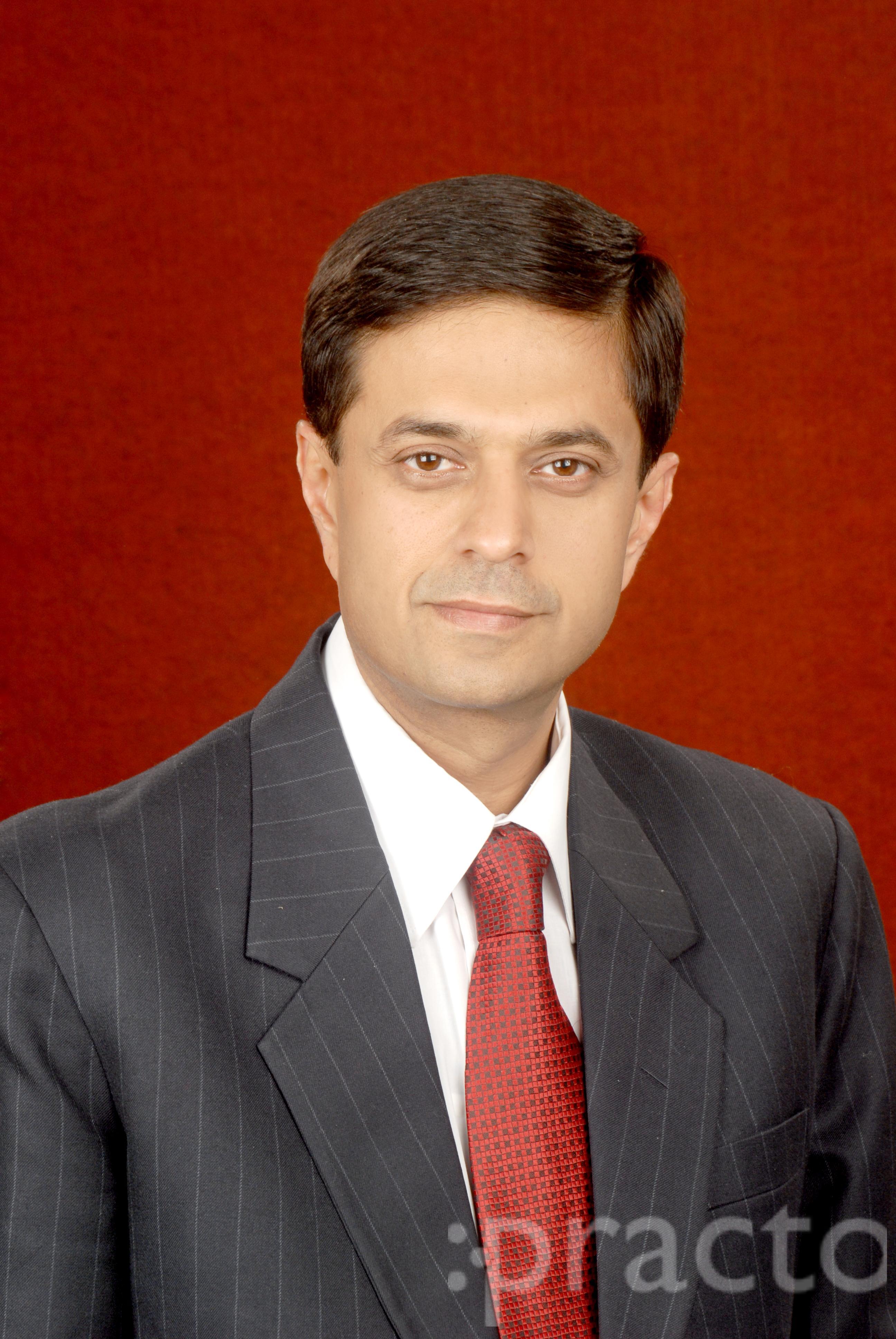 Dr. Rajeev Thaper - Dentist