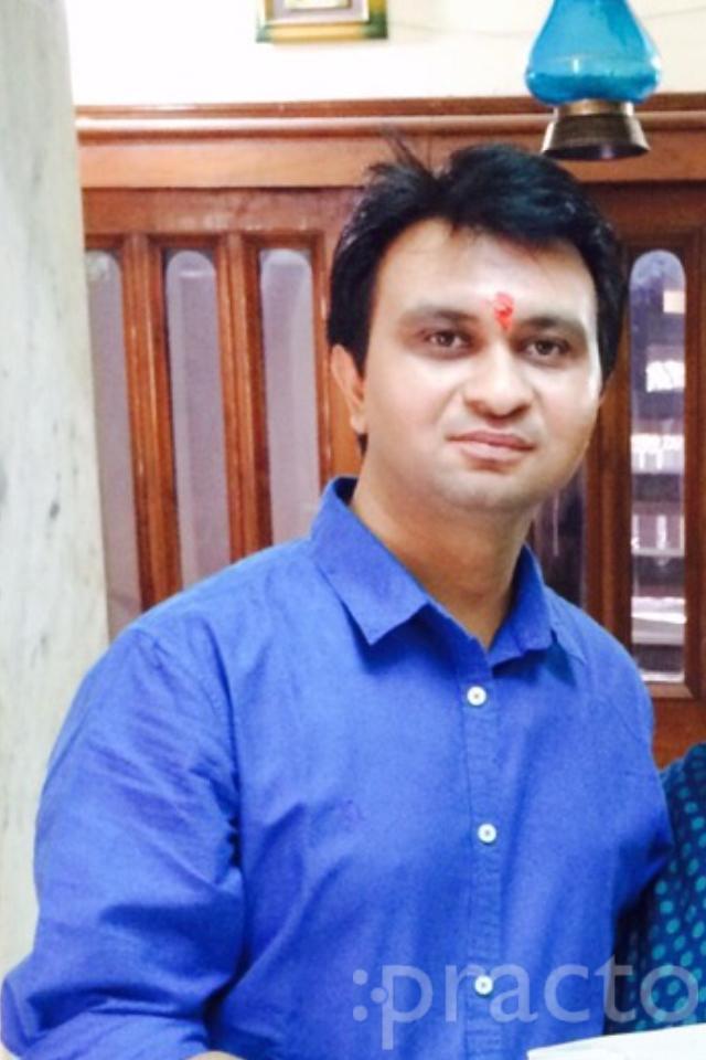 Dr. Rajneesh Khurana - Dentist