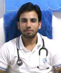 Dr. Ramneesh Vorha - Physiotherapist