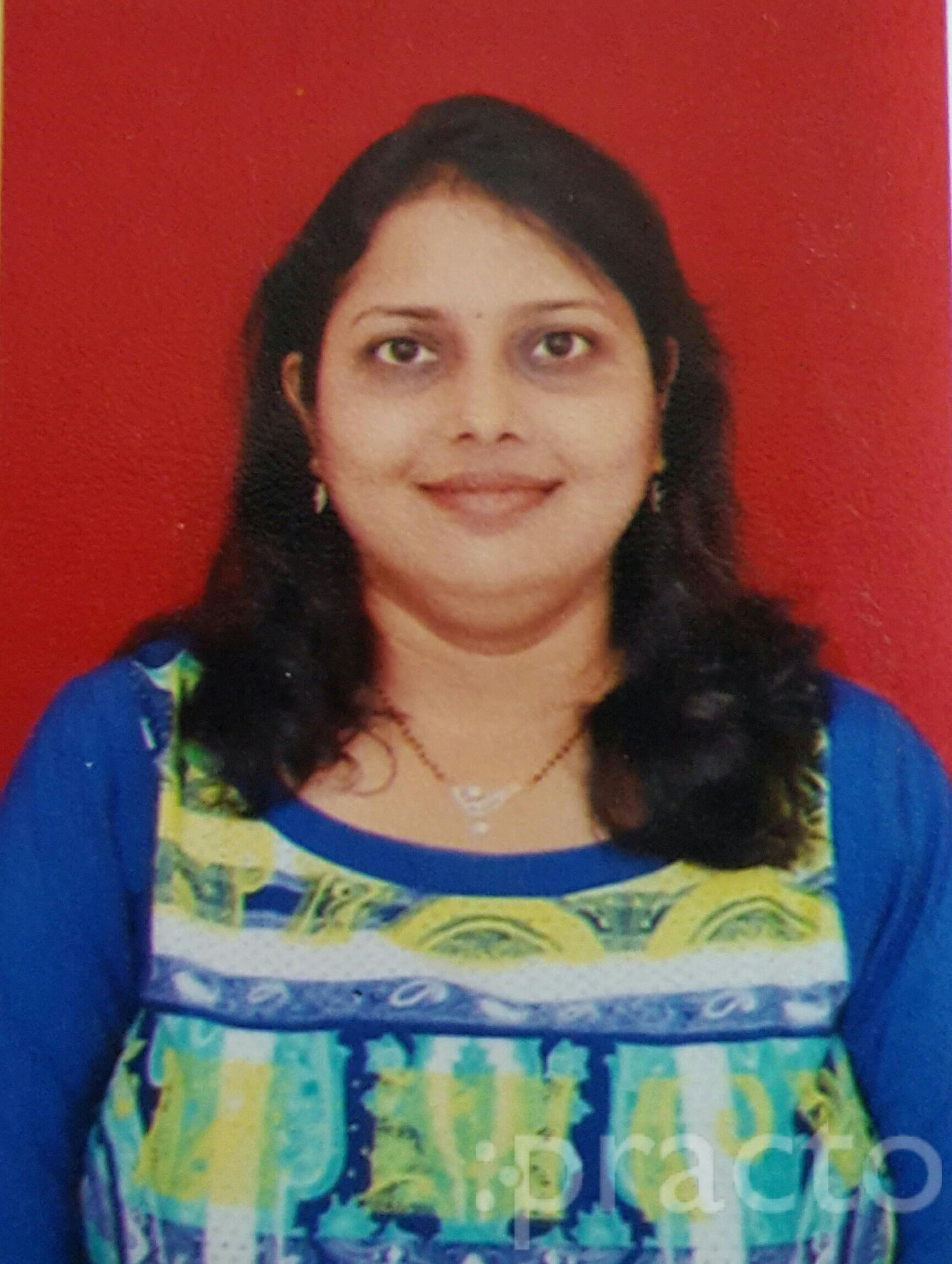 Dr. Rashmi Chordiya - Dentist