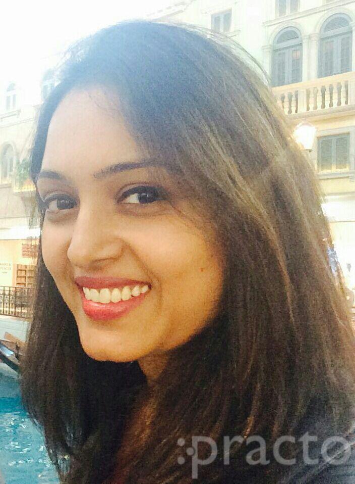 Dr. Rashmi Singh Chauhan - Dentist