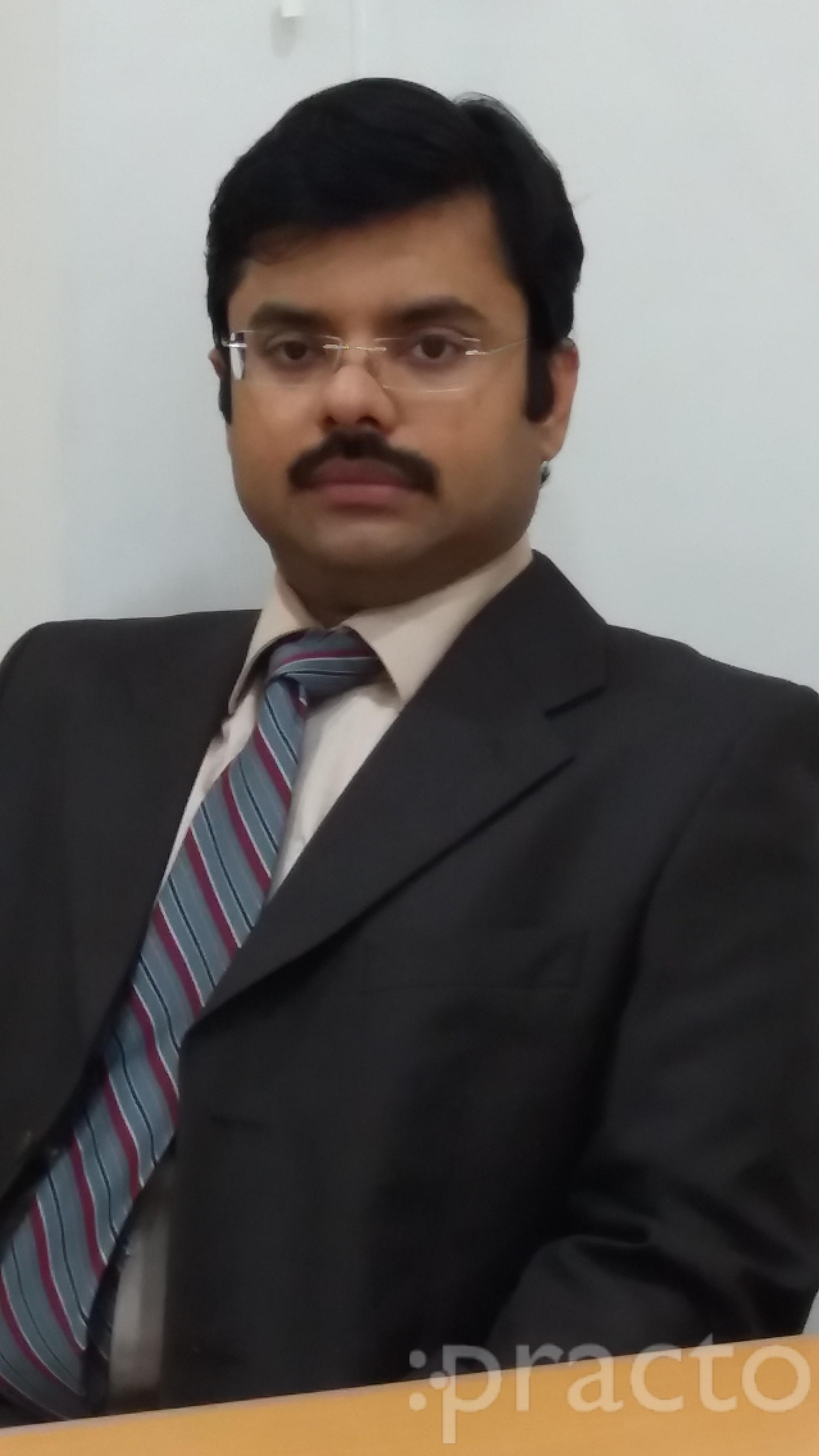Dr. K.Ravi Kumar - Ophthalmologist