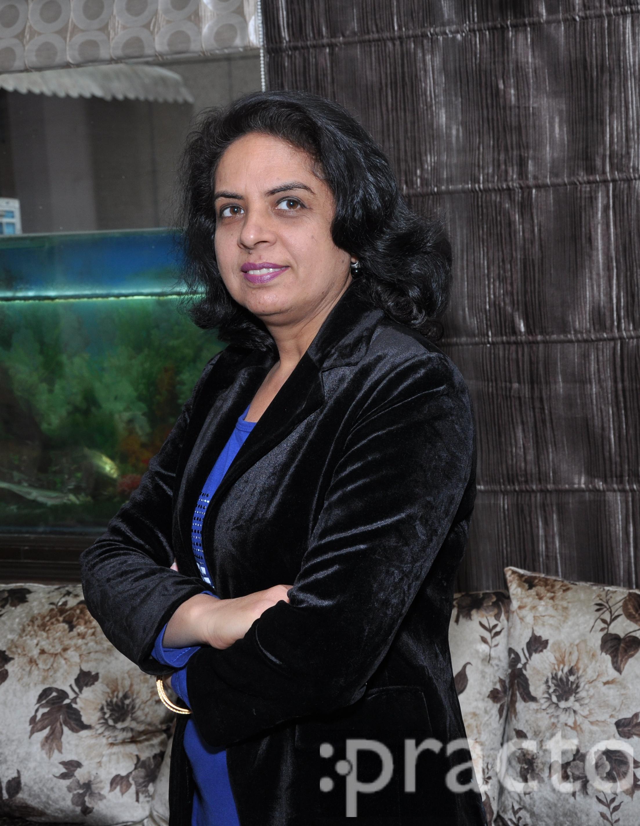 Dr. Renu Madan - Dermatologist