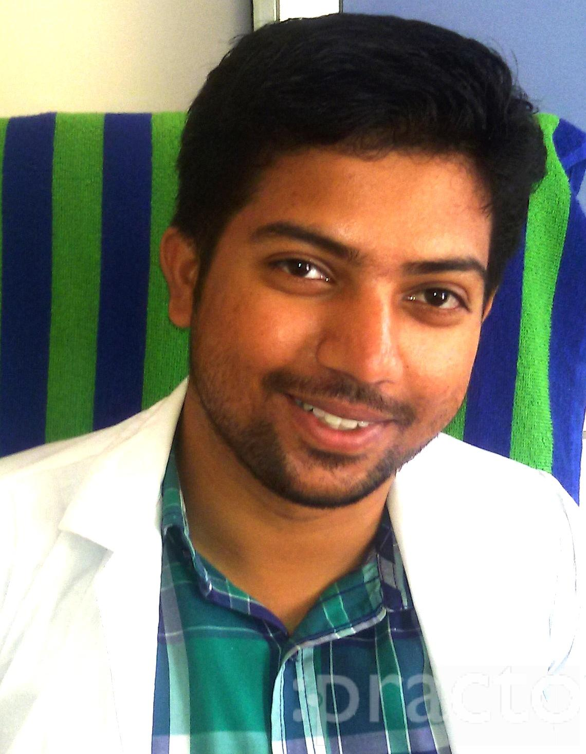 Dr. Revath Vyas Devulapalli - Dentist