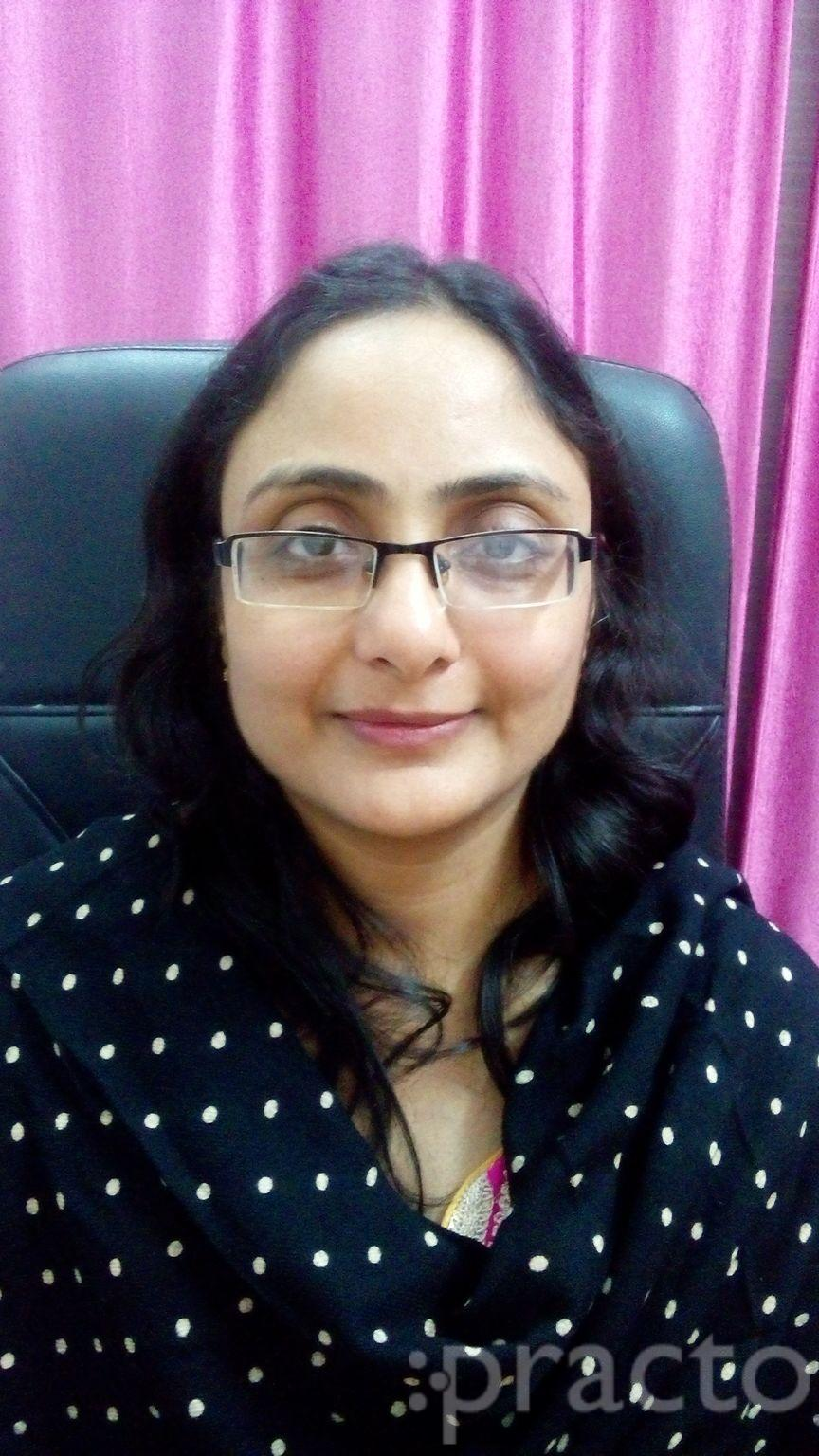 Dr. Richa Jhavar - Gynecologist/Obstetrician