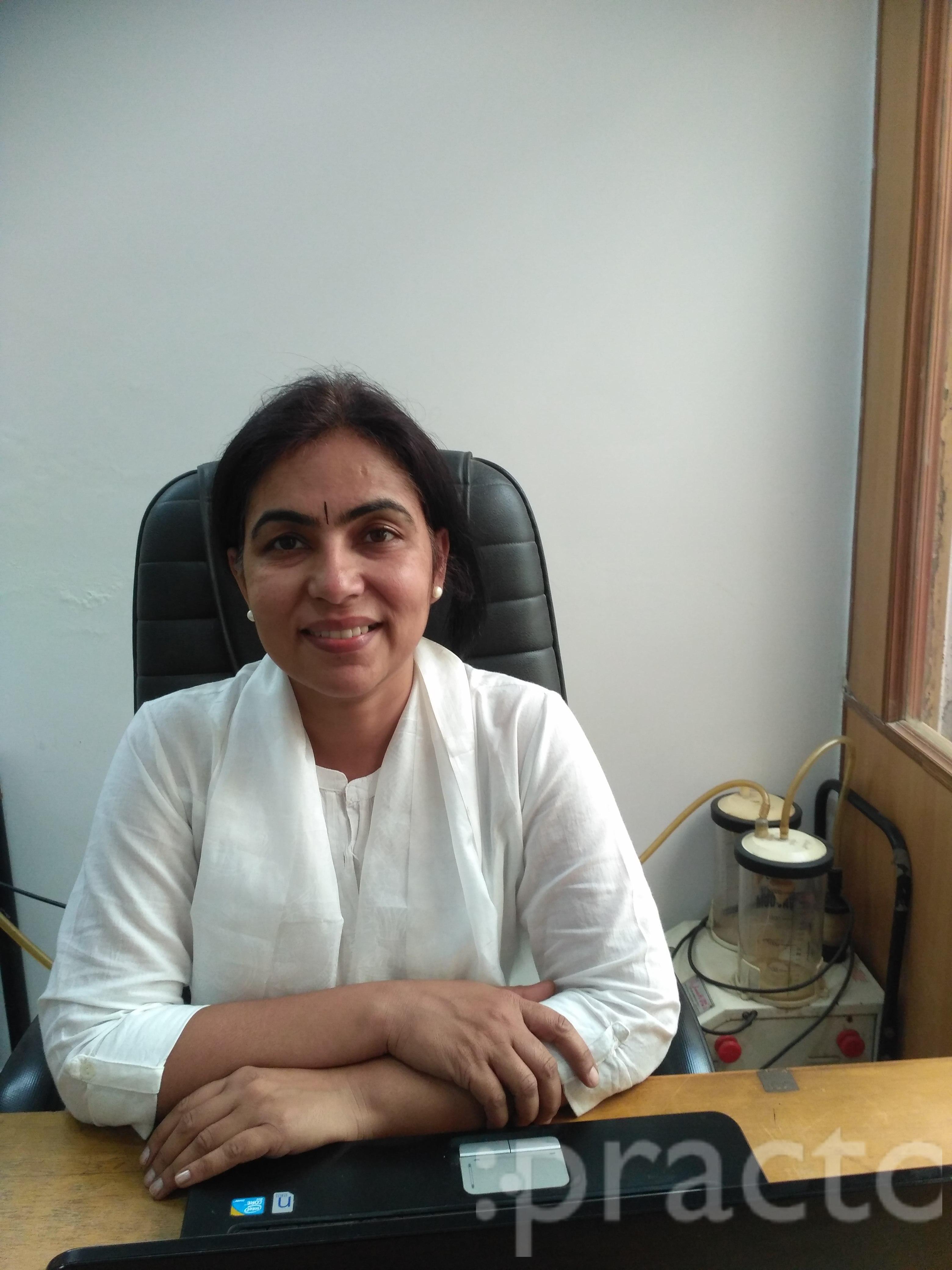 Dr. Rinku Kochhar Kapoor