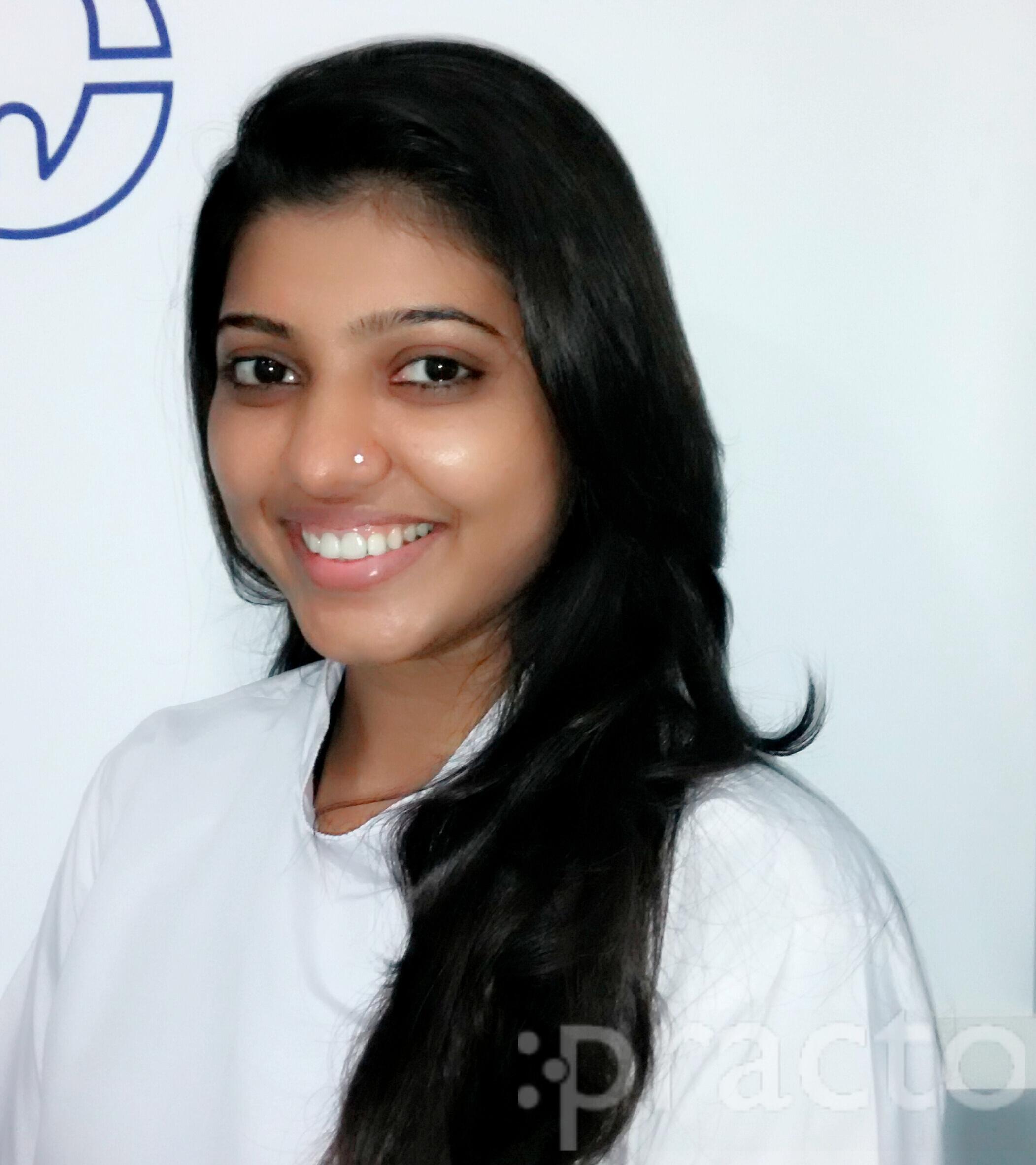 Dr. Rituja Punde - Dentist