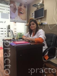 Dr. Roli Jain - Dentist