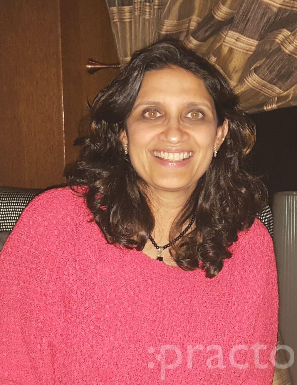 Dr. Roopali Nerlikar - Ophthalmologist