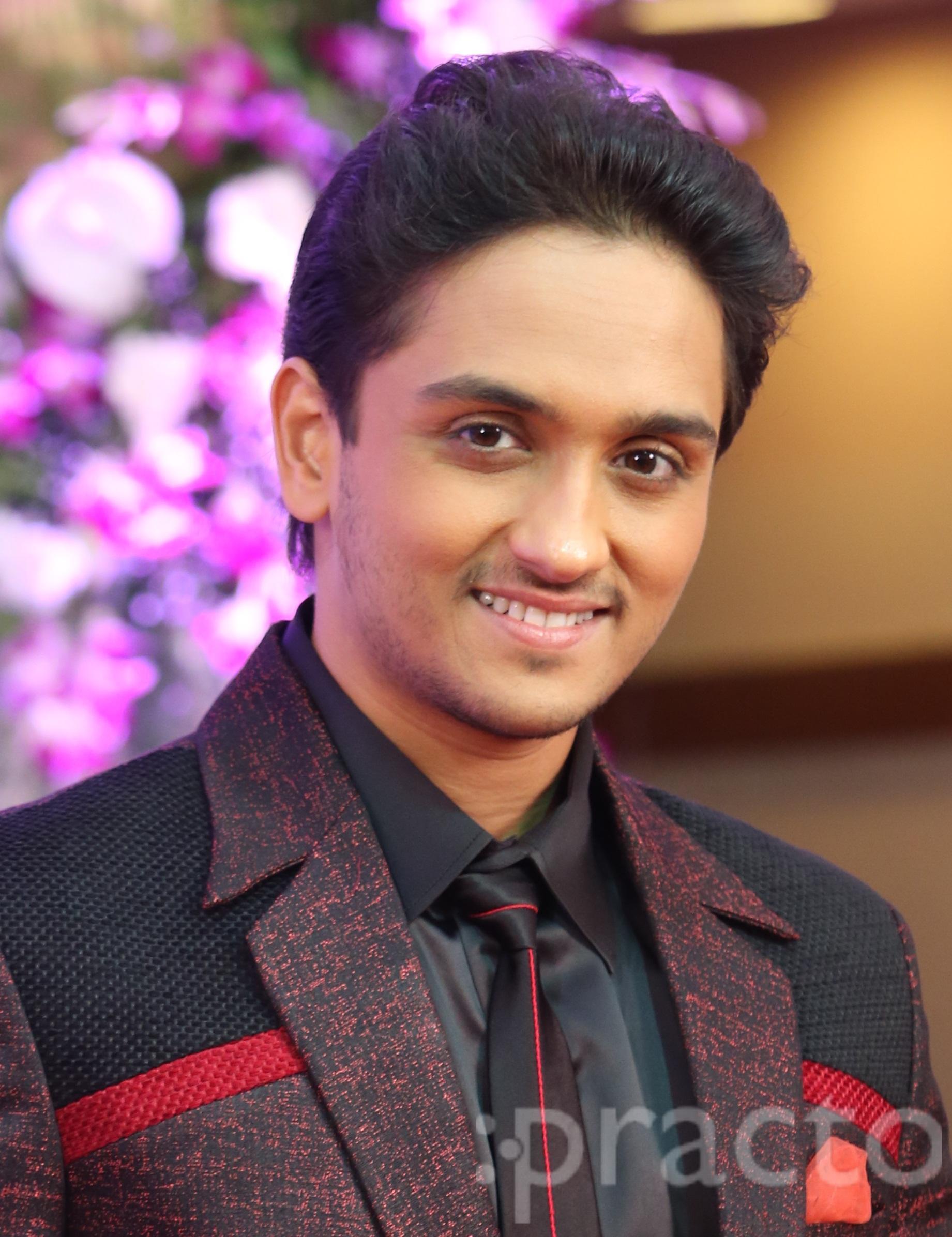 Dr. Rujit Desai - Dentist
