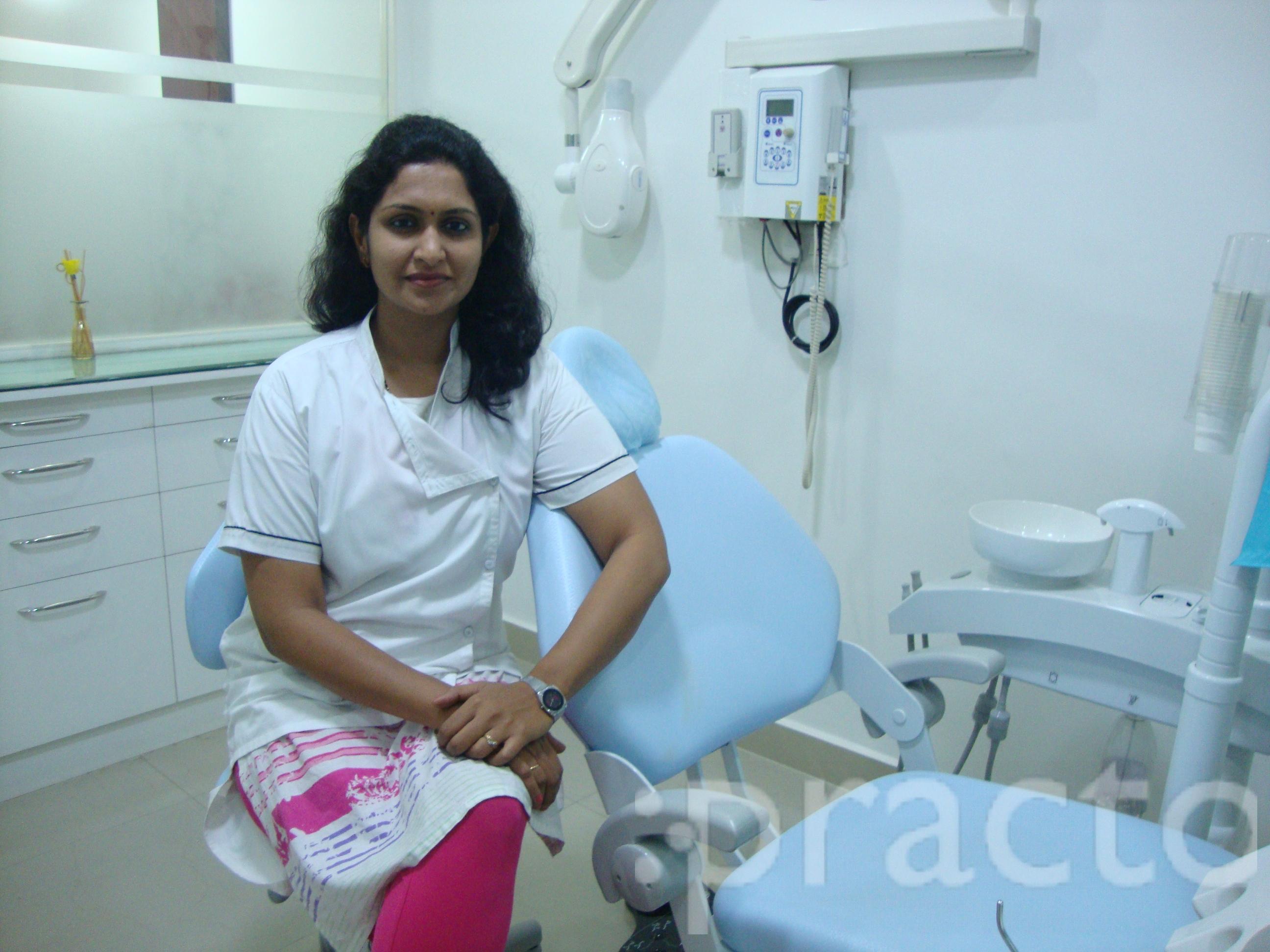 Dr. Rupali Wankhede Panpate - Dentist