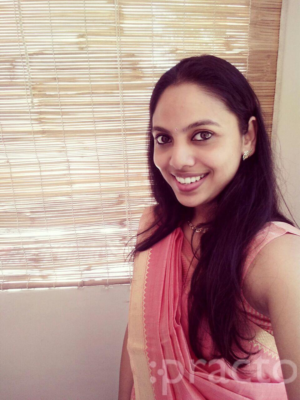 Dr. Sandhya Sarath - Dentist