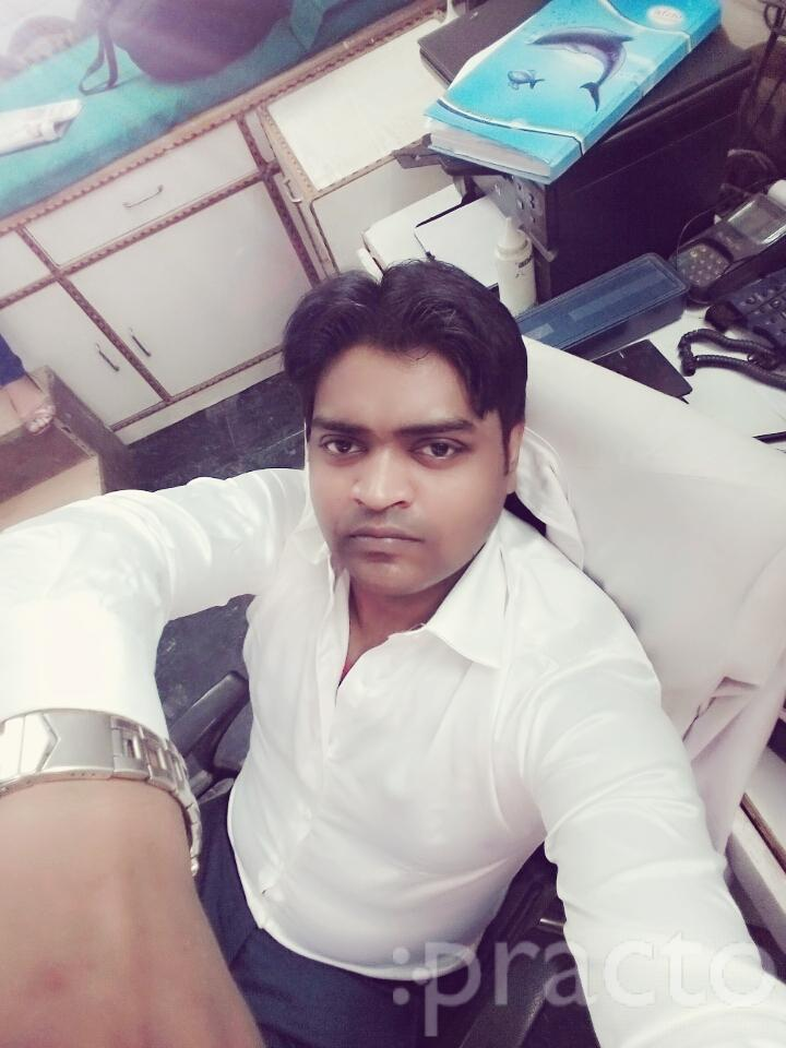 Dr. Sanjeev Nigam - Physiotherapist