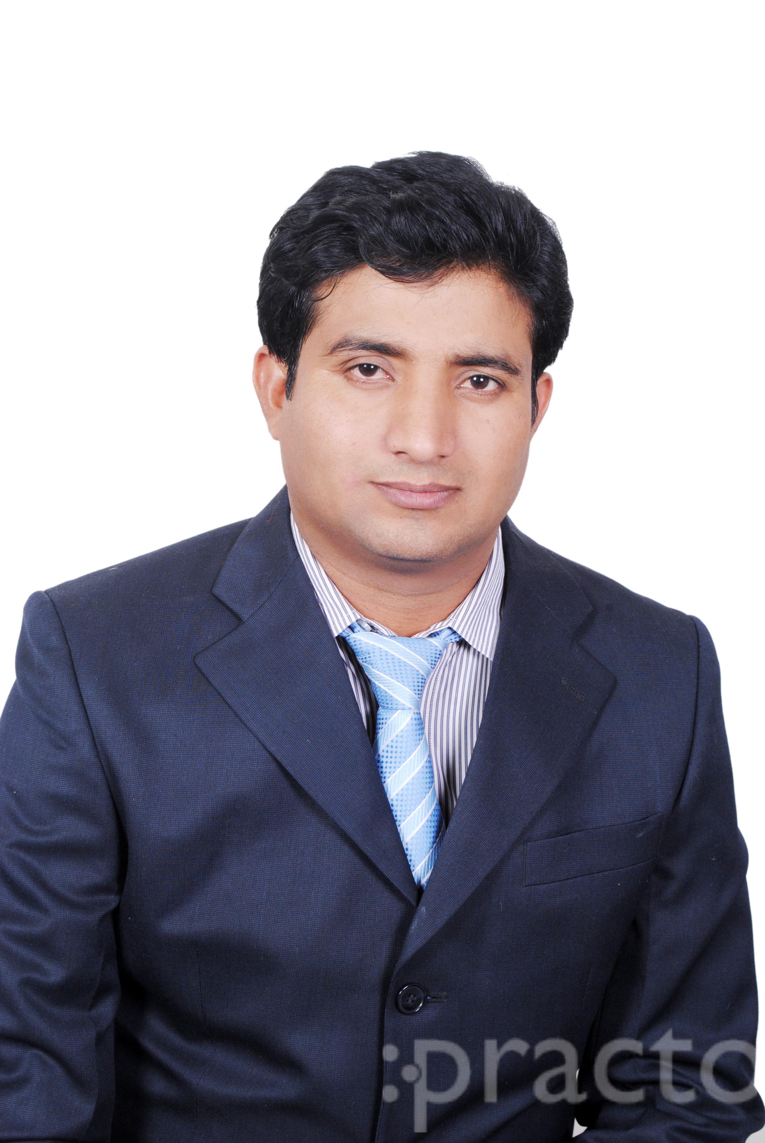 Dr. Sanjeev Tripathi - Psychologist