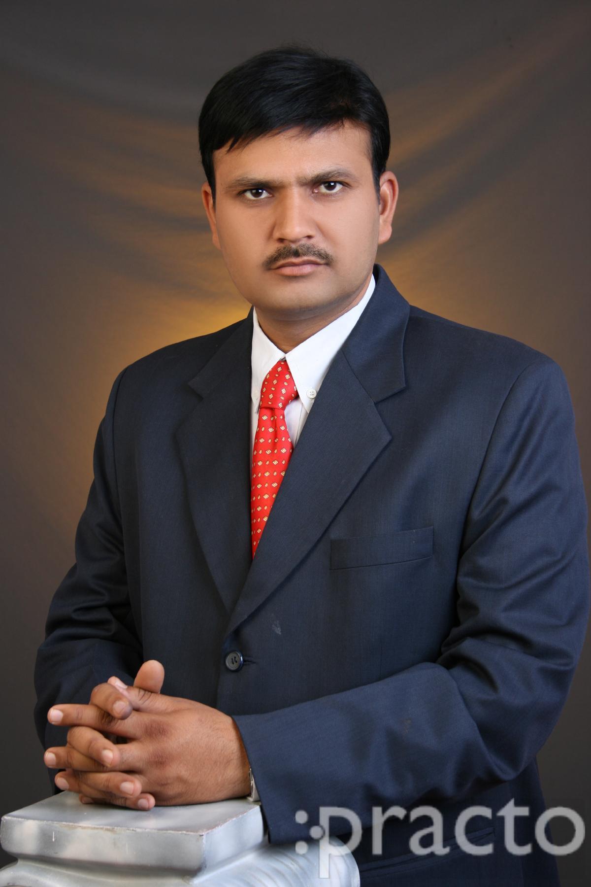 Dr. Sanju Kumar Agarwal - Dentist