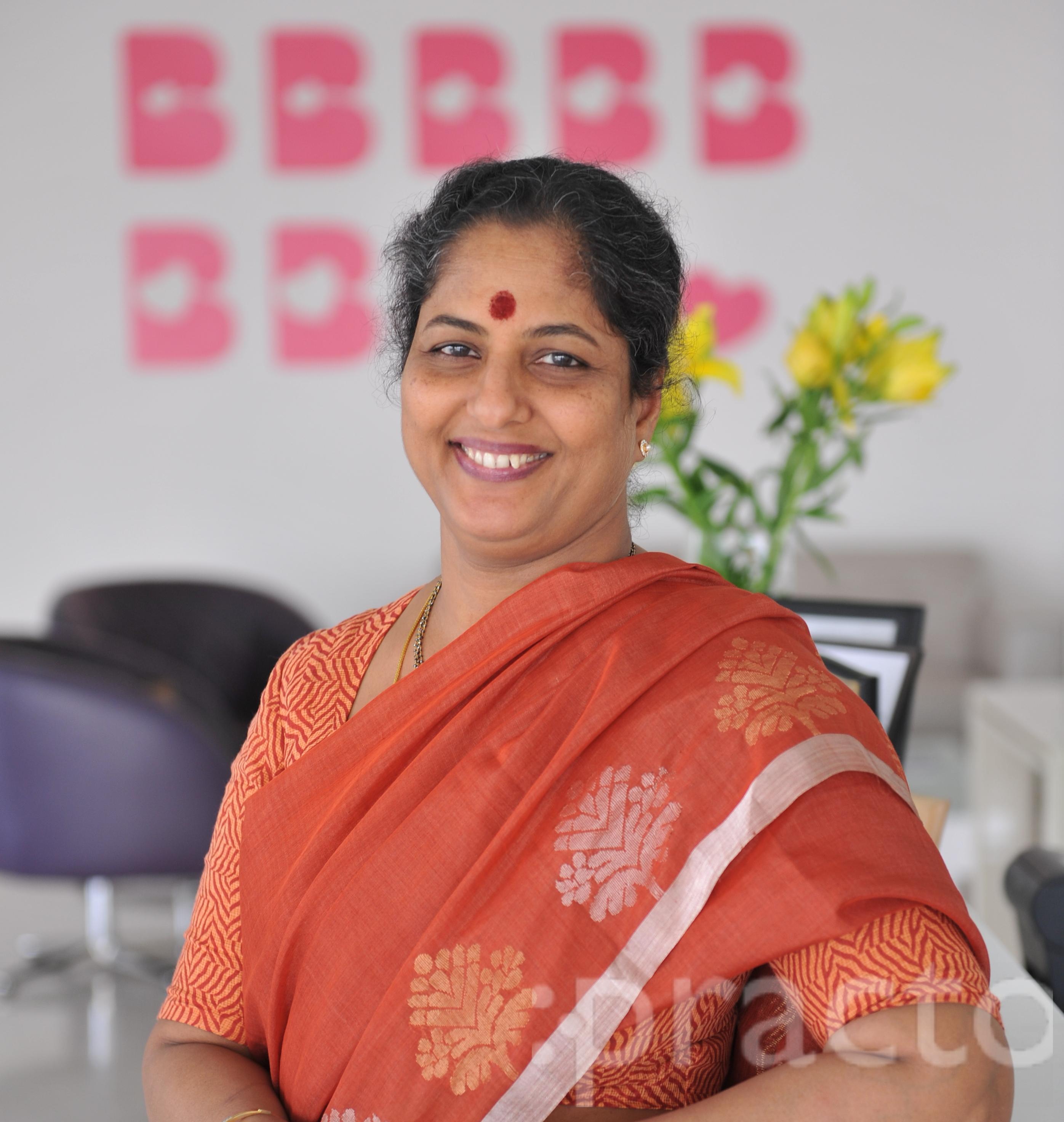 Dr. Sasikala Kola - Gynecologist/Obstetrician