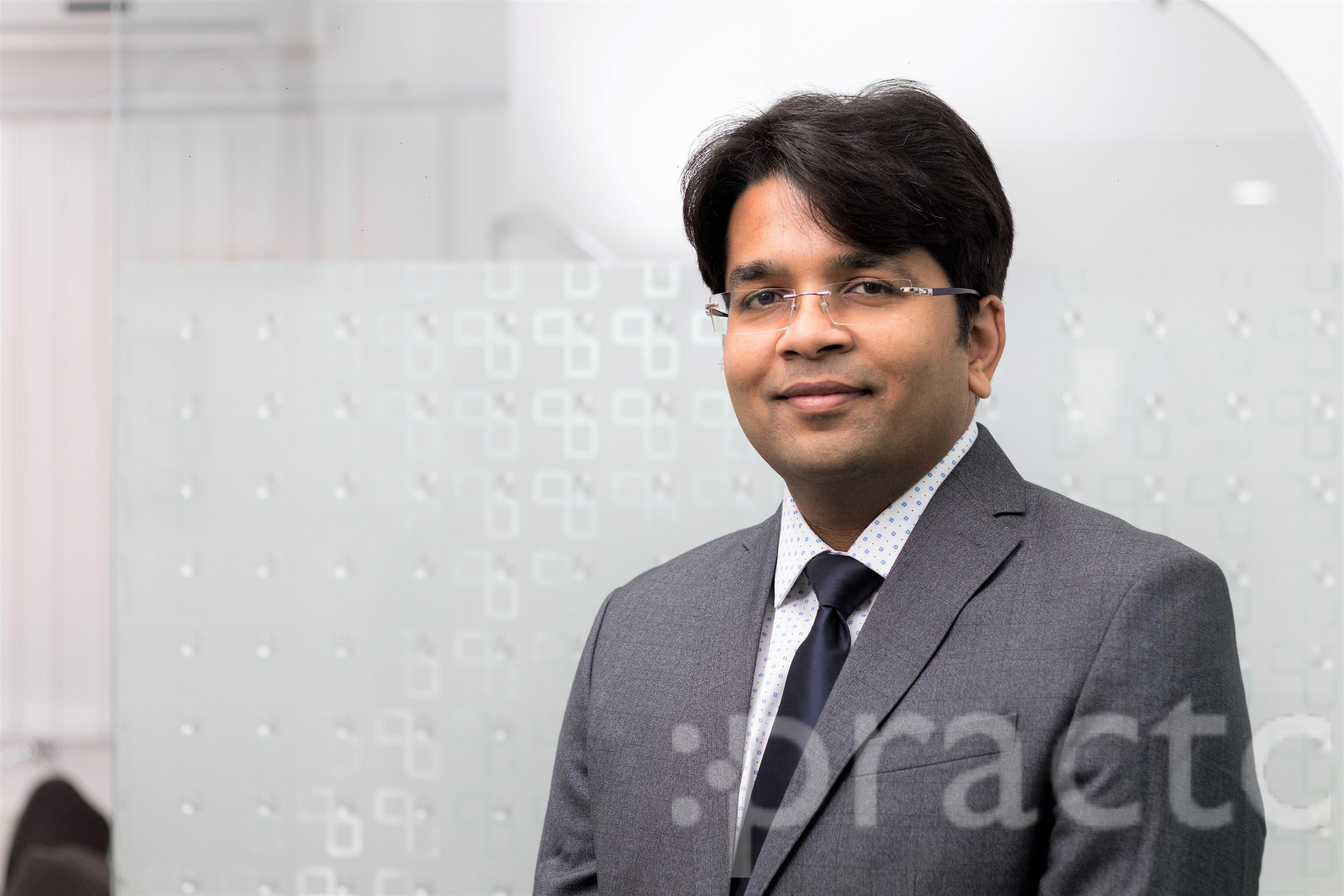 Dr. Saurabh Shrivastava - Dentist