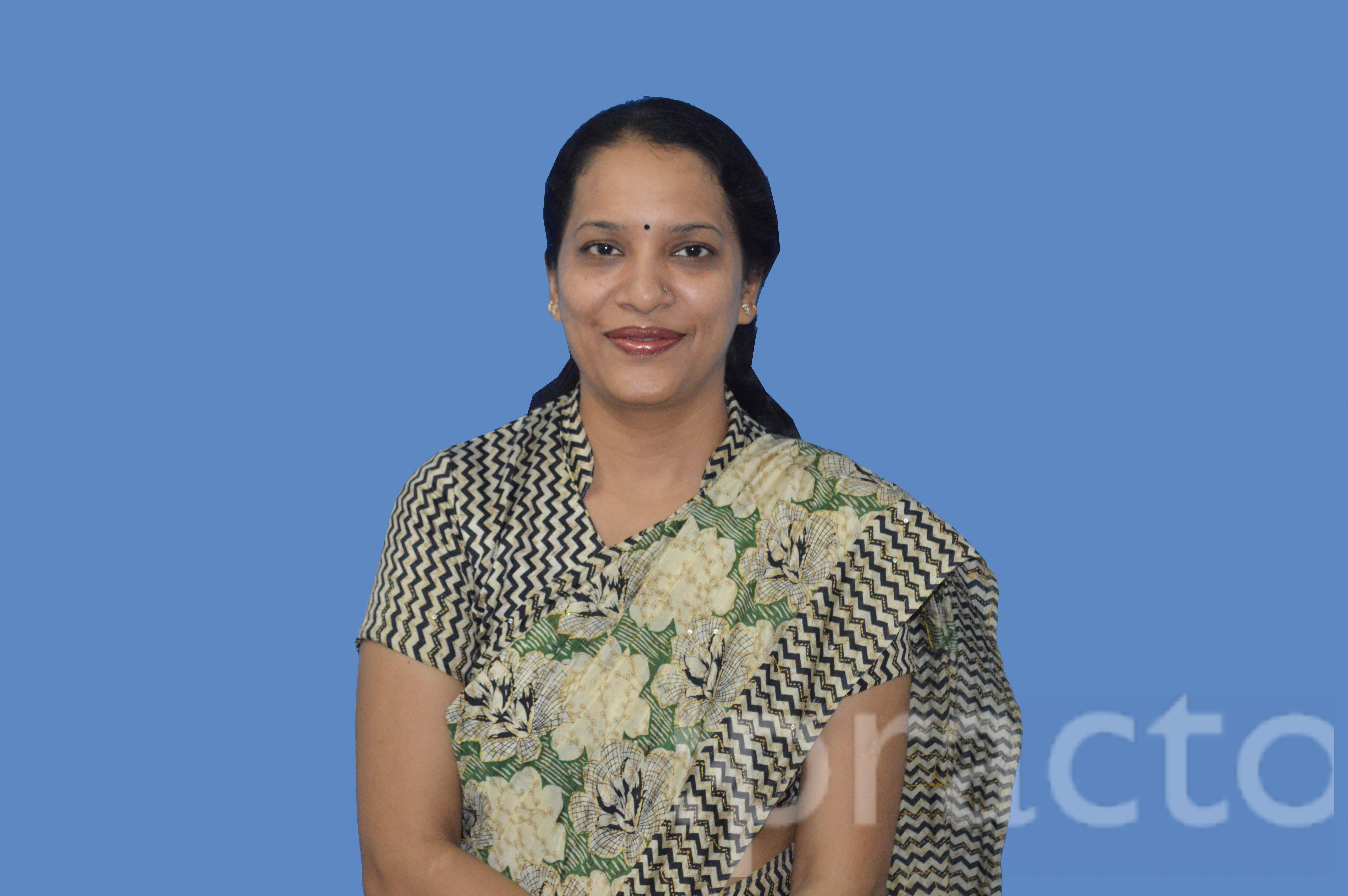 Dr. Shalini Garg - Ophthalmologist
