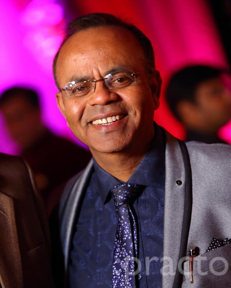 Dr. Sharwan Gupta - General Physician