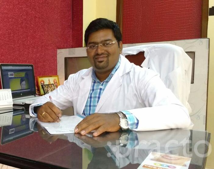 Dr. Shashank Vijapure - Dentist