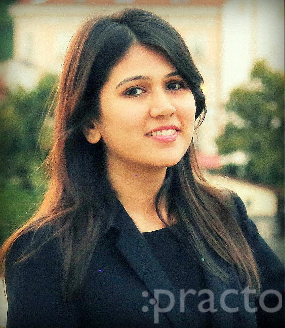 Dr. Shayoni  Patel - Dentist