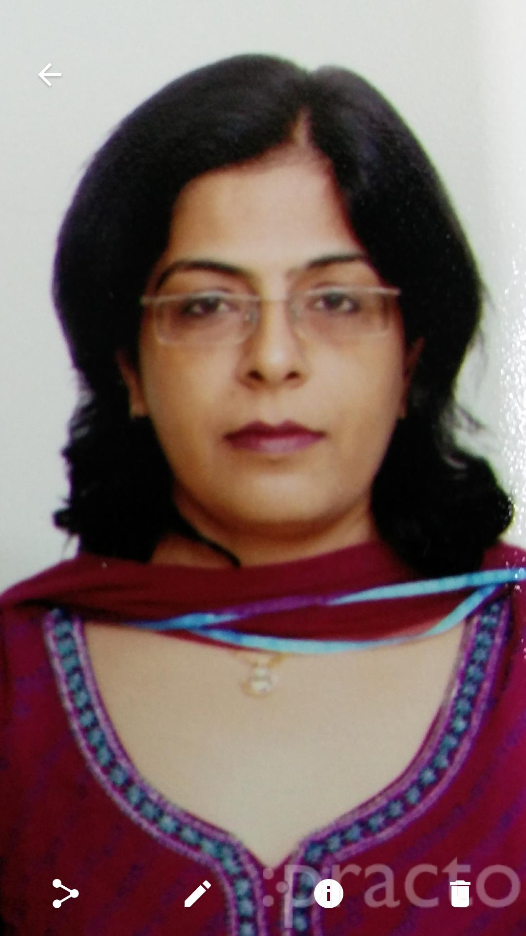 Dr. Shelly Chugh - Gynecologist/Obstetrician