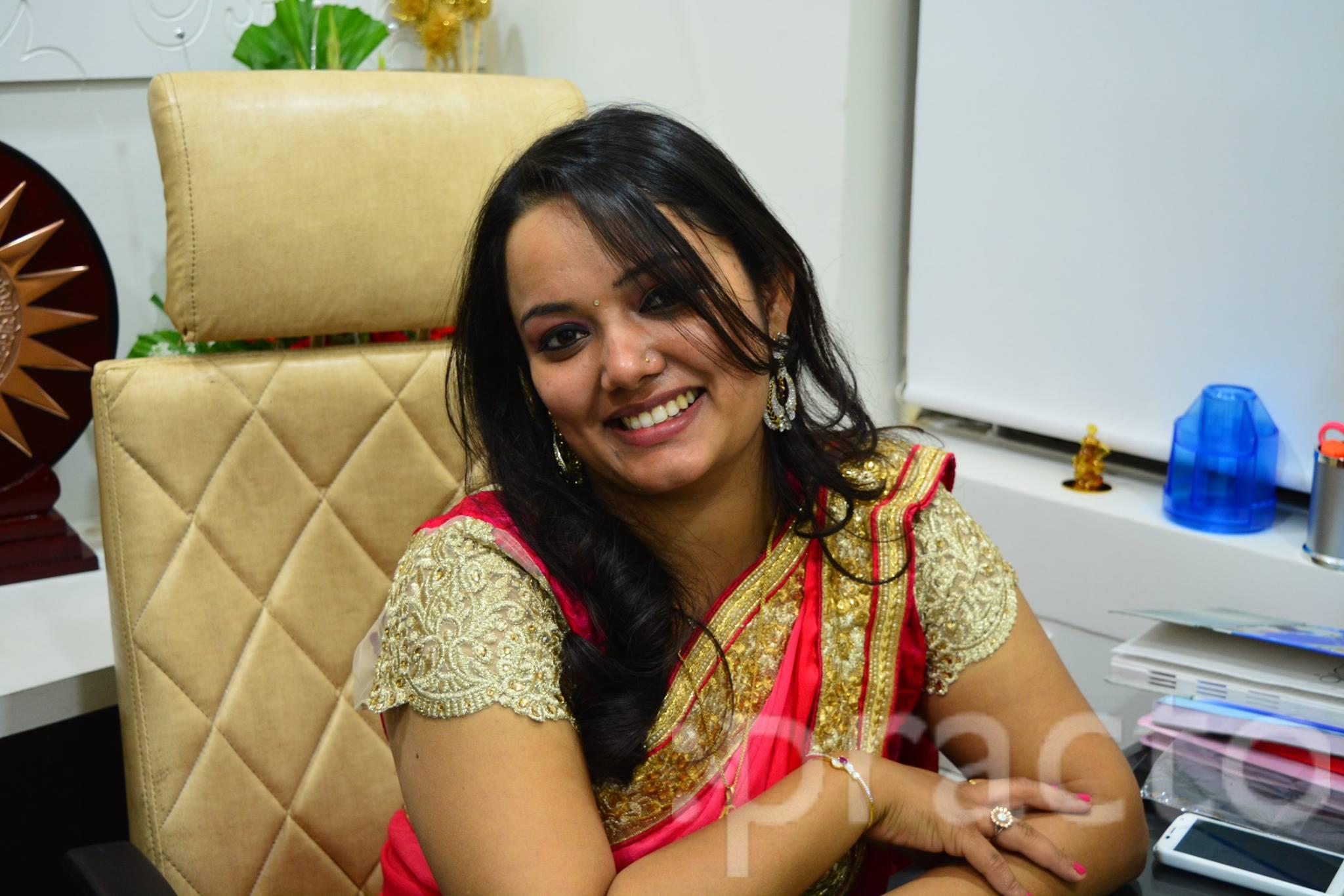 Dr. Shikha Gupta - Dentist