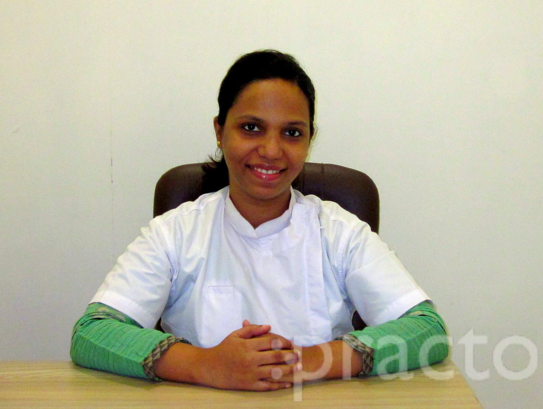 Dr. Shilpa Kadam - Dentist