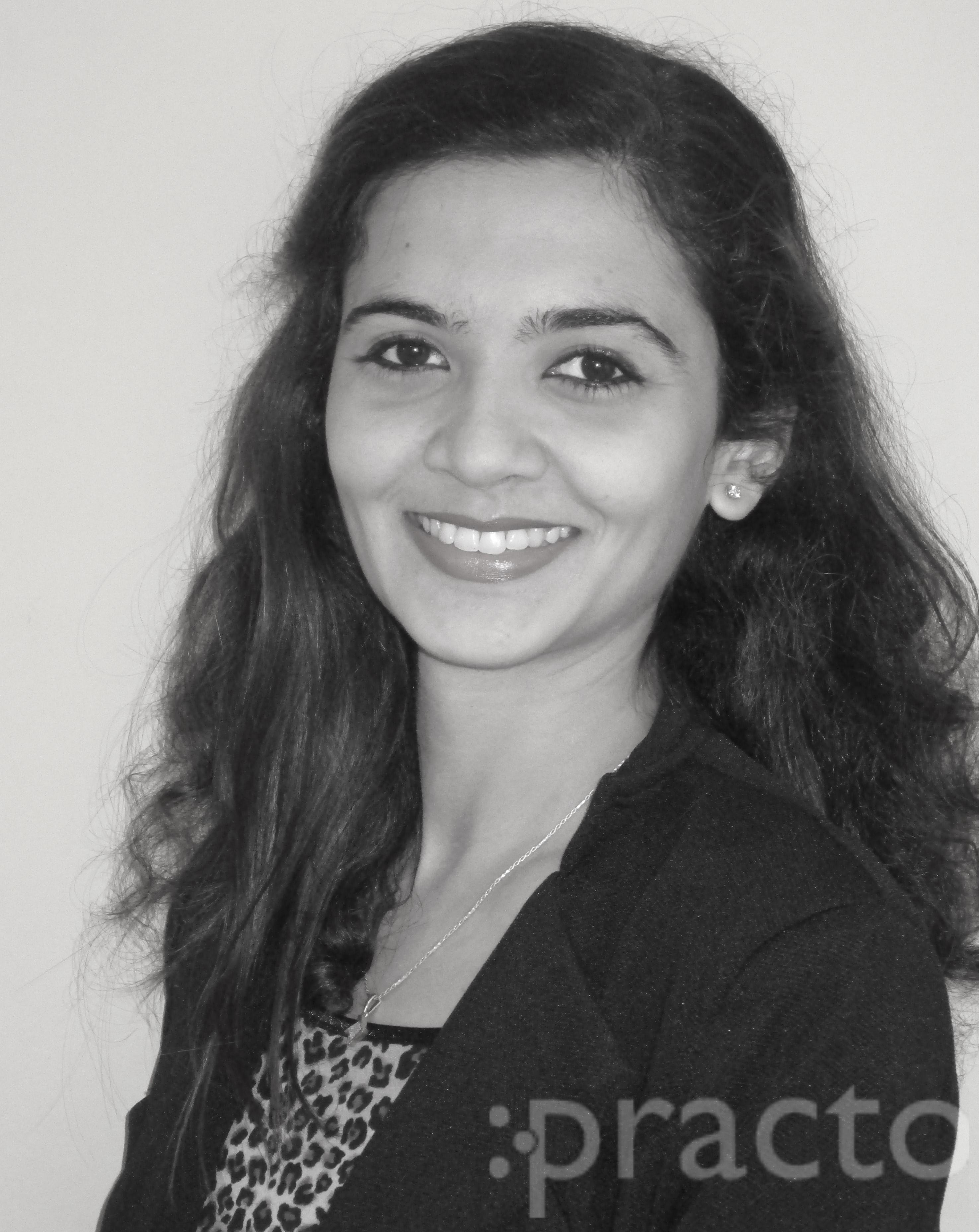 Dr. Shilpa Lathi - Dentist