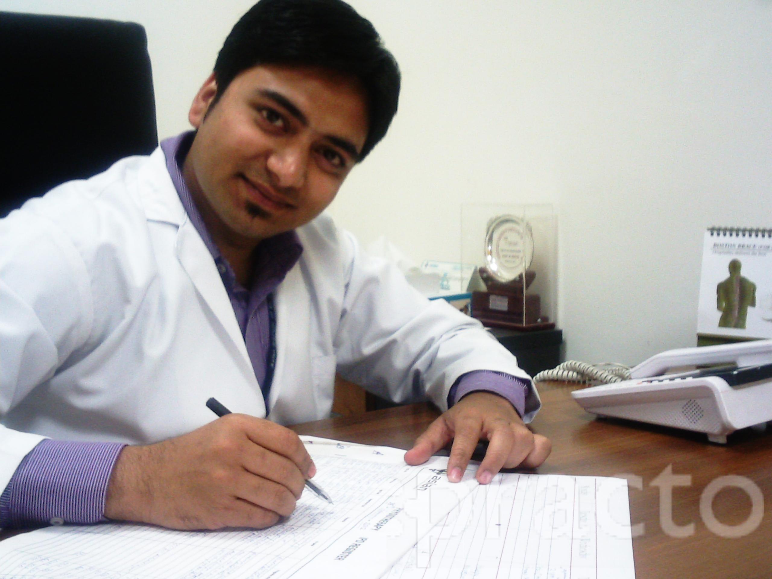 Dr. Shishir Gupta (B.P.T) - Physiotherapist