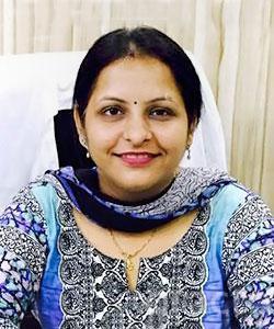 Dr. Shivi Khattri - Dentist