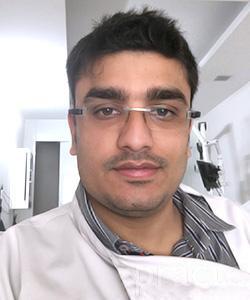 Dr. Shrey Kundra - Dentist