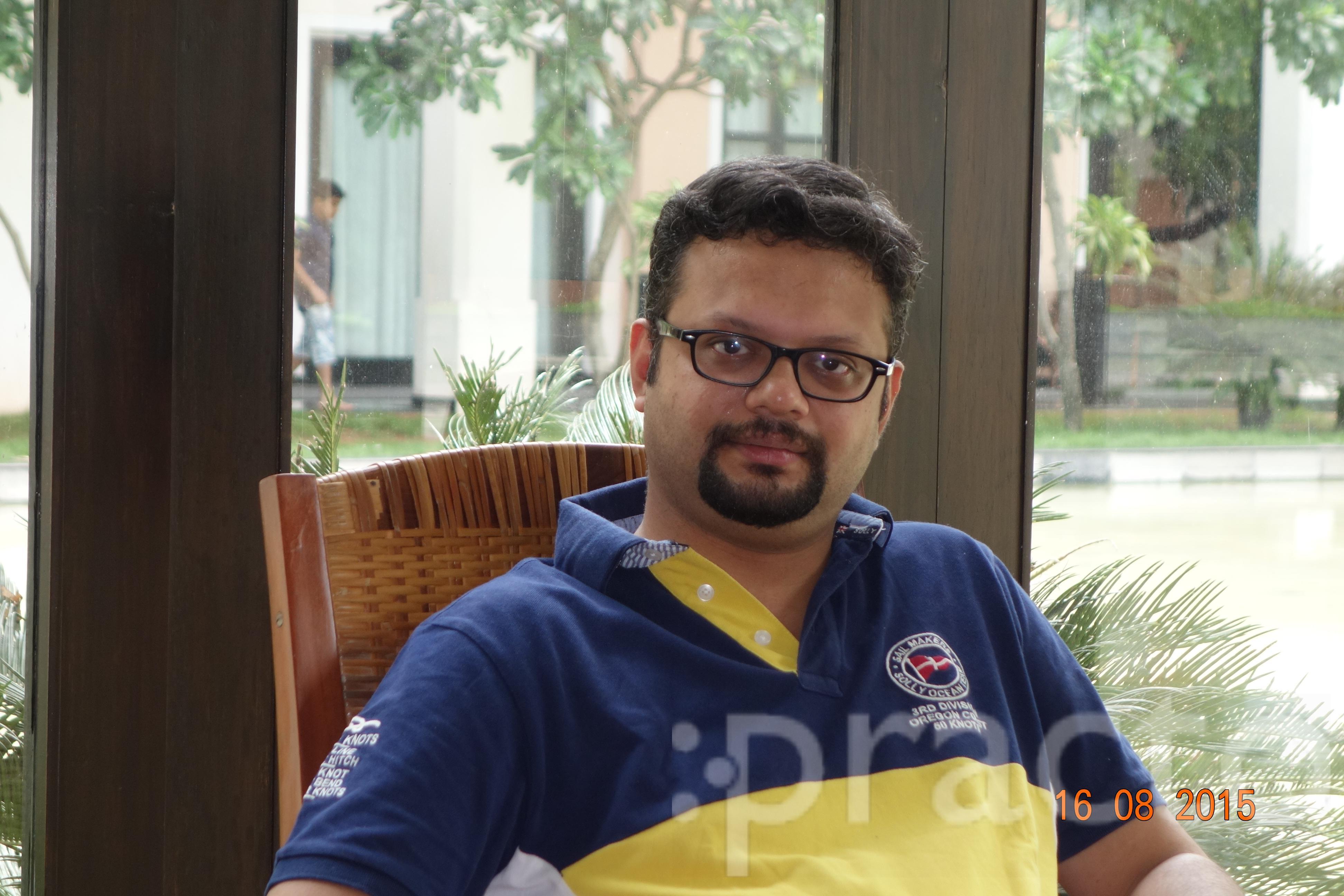 Dr. Siddharth Kesarwani - Ophthalmologist