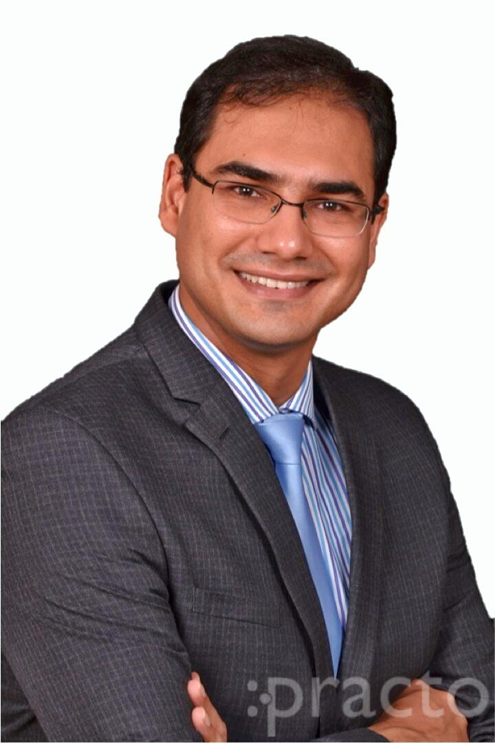 Dr. Siddharth Prakash - Plastic Surgeon