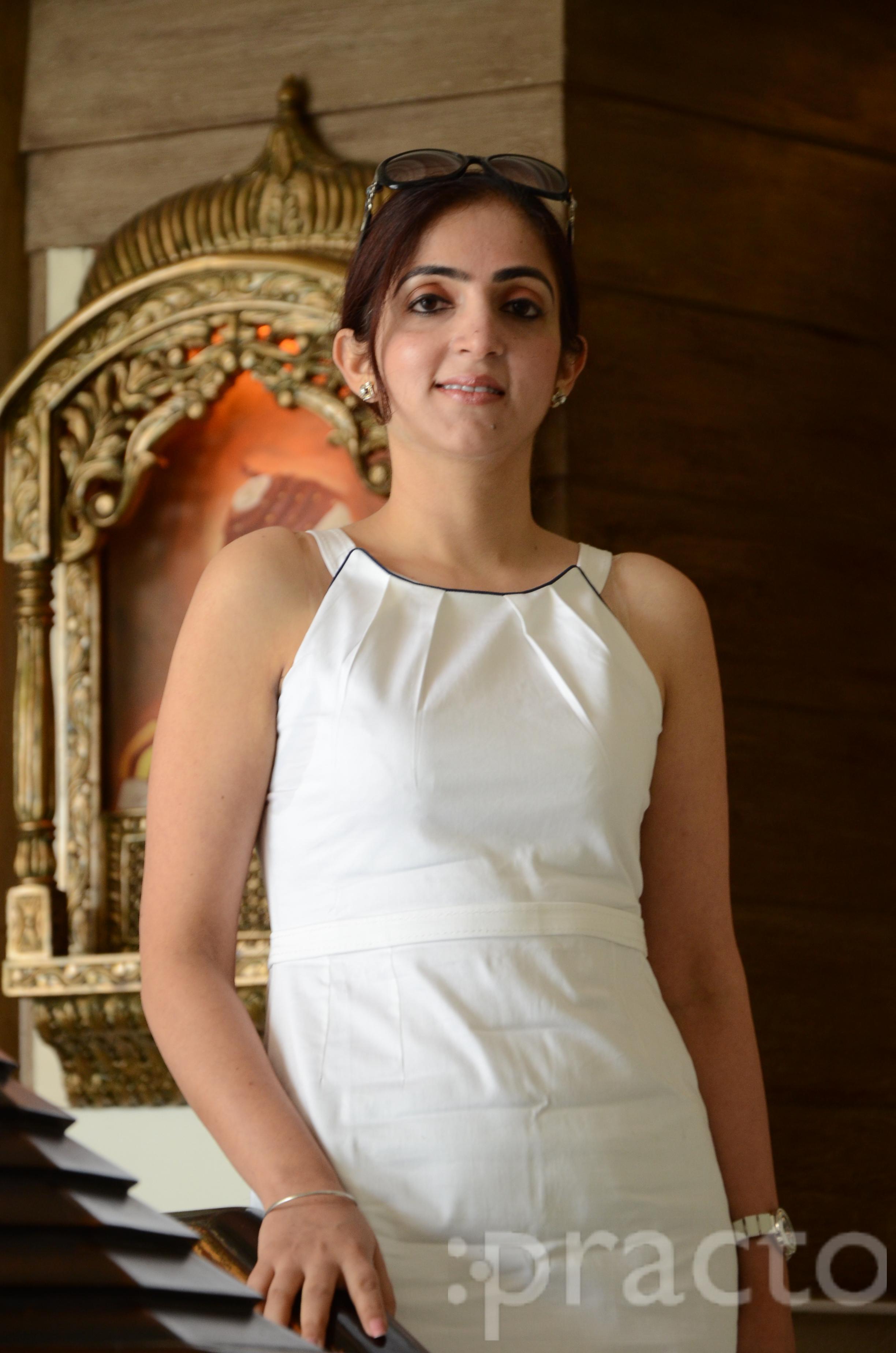 Dr. Simrat Kathuria - Dietitian/Nutritionist