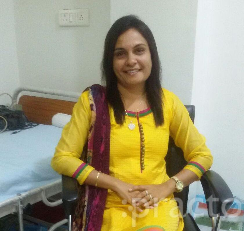 Dr. Smita Modh - Physiotherapist