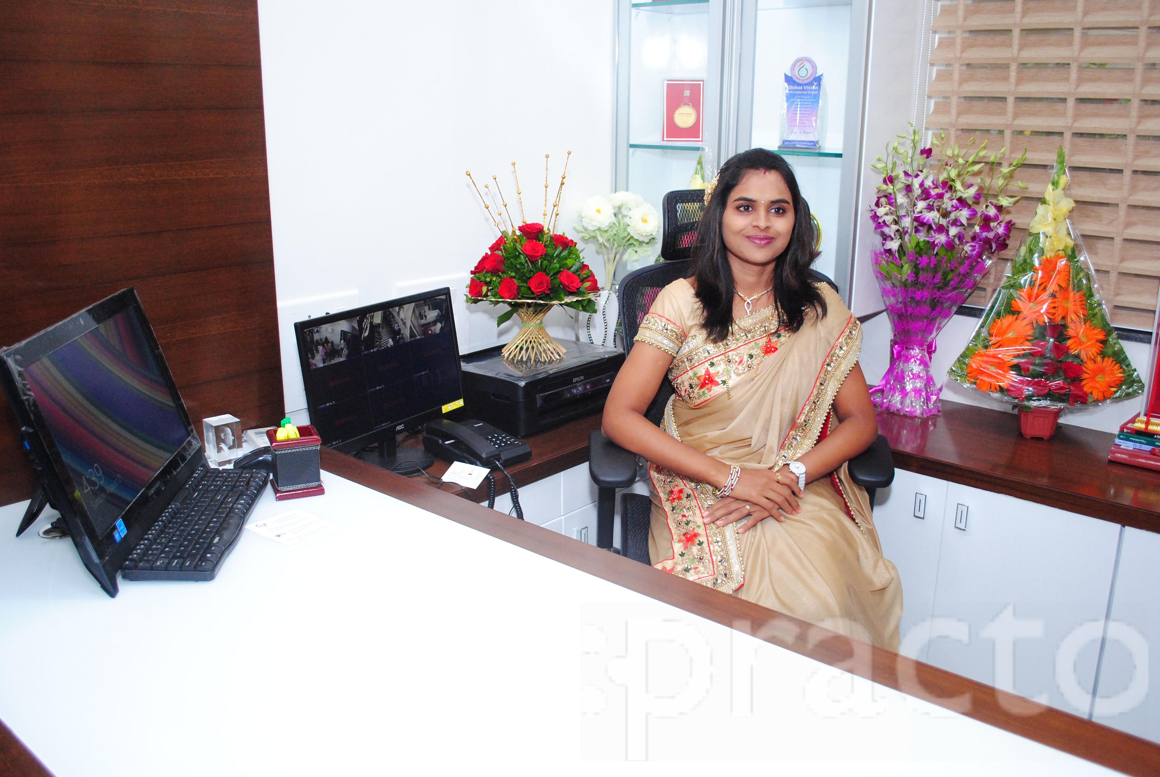 Dr. Smita Patil (Pawar) - Ophthalmologist