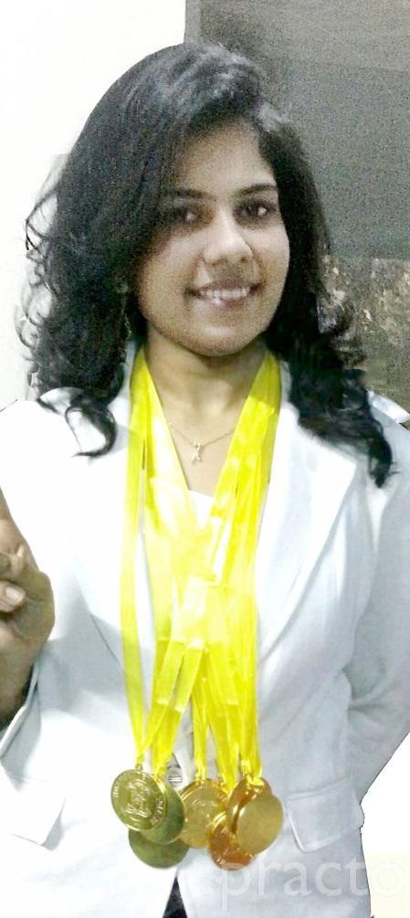 Dr. Sneha Gada - Dentist