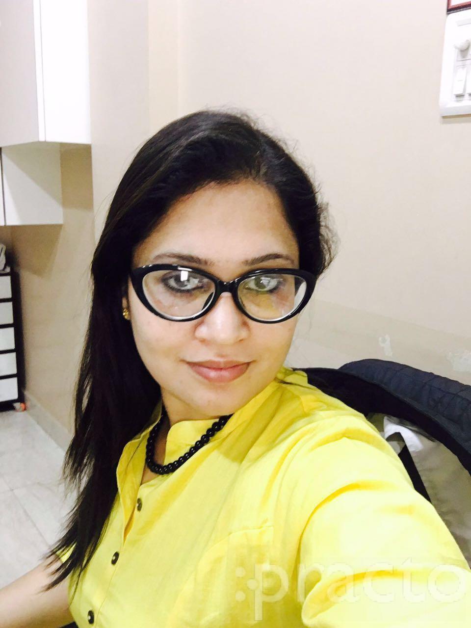 Dr. Sonia Khera - Dentist