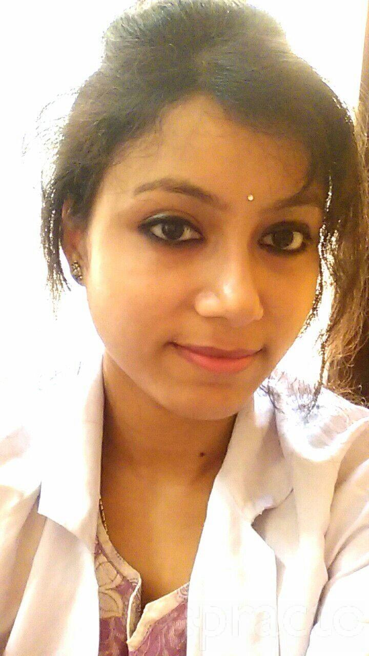 Dr. Souranjita Chattopadhyay - Dentist
