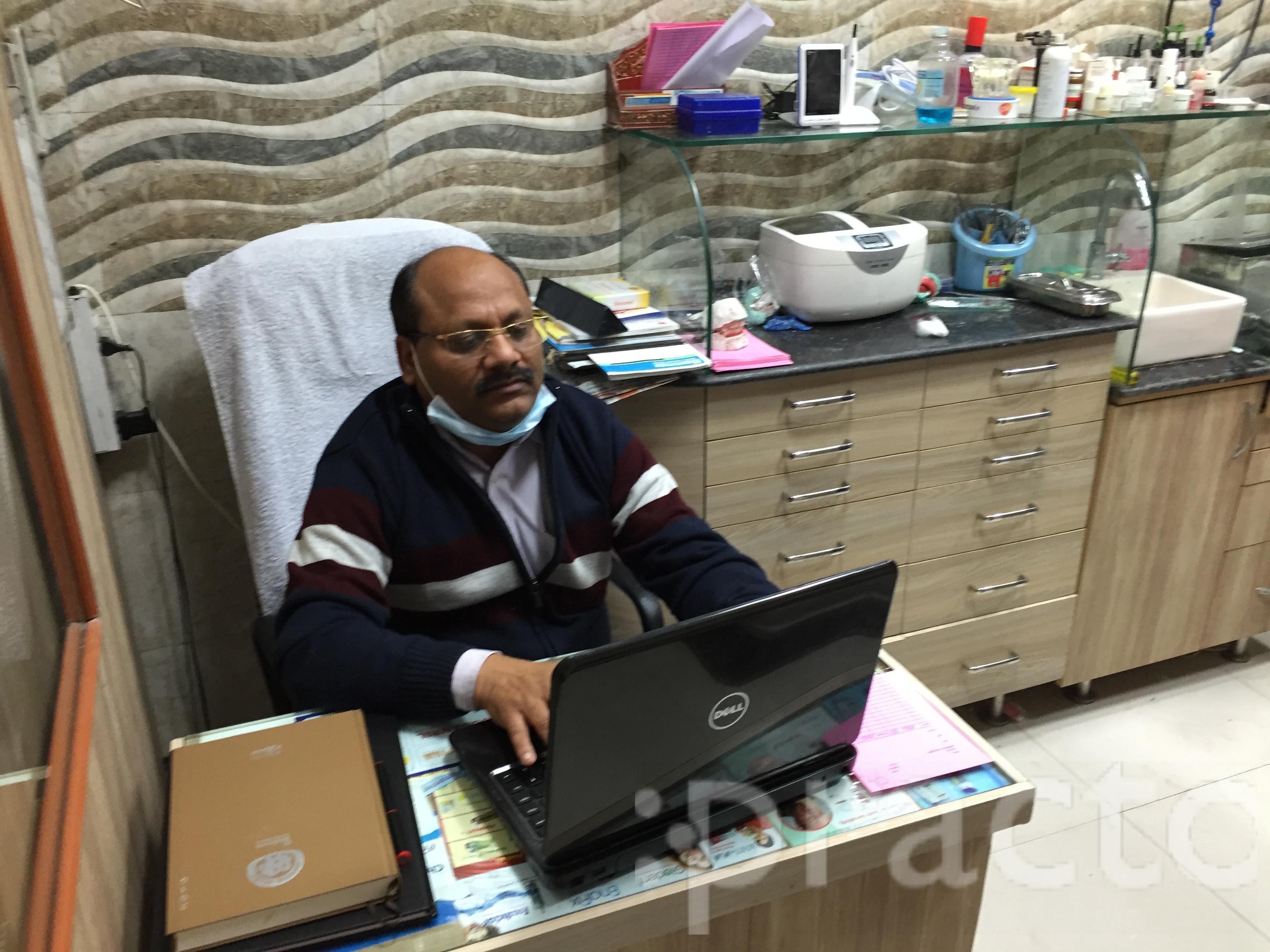 Dr. Sunil Gupta - Dentist