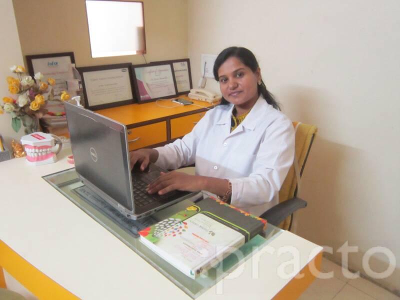 Dr. Sunita Karmankar - Dentist