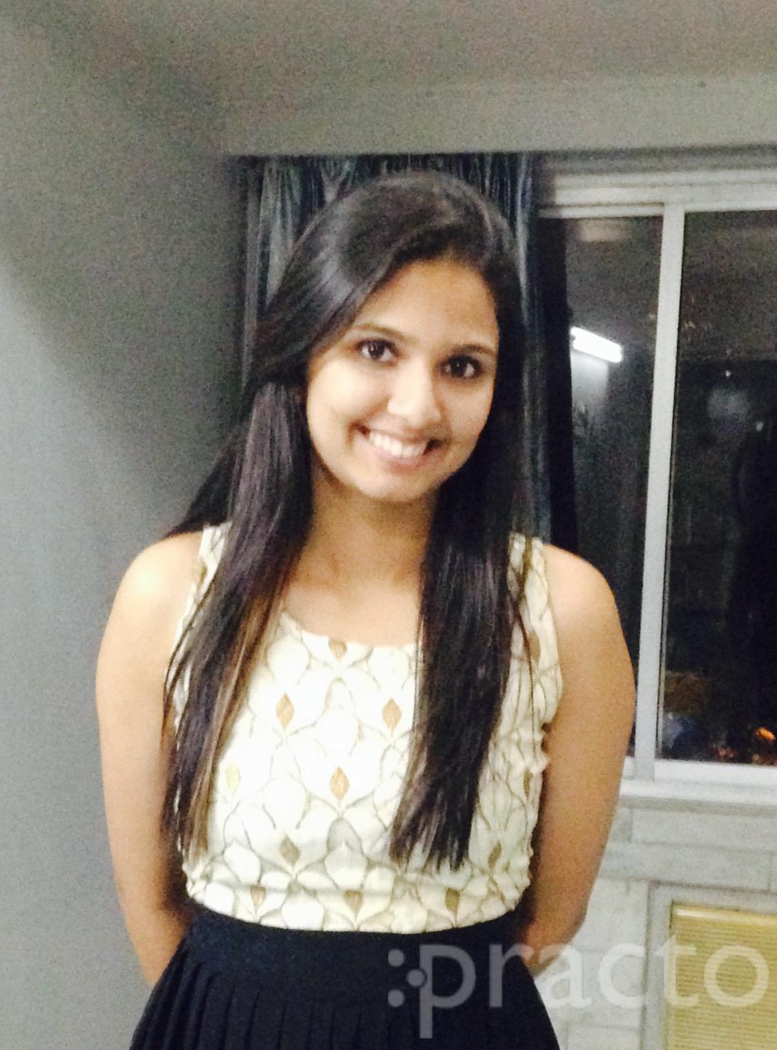 Dr. Surabhi Jaithliya - Dentist